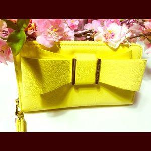 Betsey Johnson Bags - Betsey Johnson bow wallet